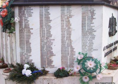 Mezőtúr II.vh emlékmű 2009.03.16.küldő-miki (5)