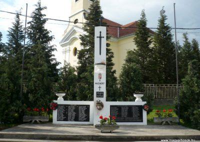 Miháld hősi emlékmű 2013.05.26. küldő-Sümec (2)