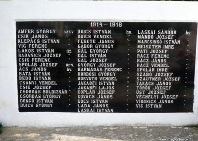 Miháld hősi emlékmű 2013.05.26. küldő-Sümec (4)