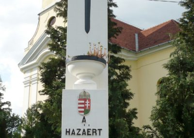 Miháld hősi emlékmű 2013.05.26. küldő-Sümec (6)