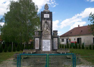 Mihályfa világháborús emlékmű 2008.08.24.küldő-Vw golf