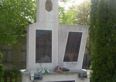 Mihályháza II.vh emlékmű 2009.05.23.küldő-Magyar Benigna