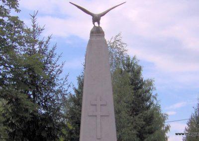 Mikóháza világháborús emlékmű 2007.07.13.küldő-Ágca. (1)