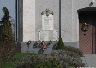 Mike világháborús emléktáblák 2009.04.05. küldő-kalyhas (1)
