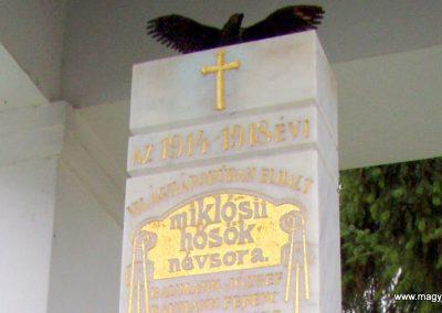 Miklósi világháborús emlékmű 2011.11.01. küldő-Szilsomogy (1)