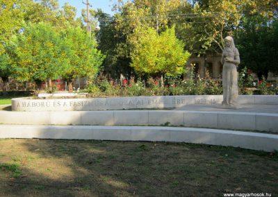 Mindszent II. világháborús emlékmű 2014.10.11. küldő-Emese (2)