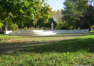 Mindszent II. világháborús emlékmű 2014.10.11. küldő-Emese