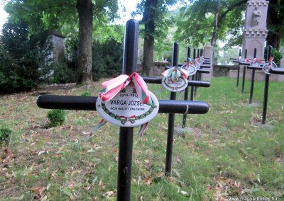Mindszentkálla világháborús emlékhely 2013.06.25. küldő-kalyhas (12)