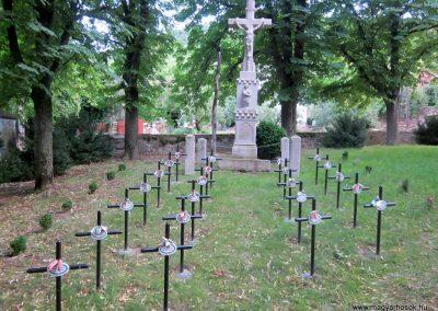 Mindszentkálla világháborús emlékhely 2013.06.25. küldő-kalyhas (2)