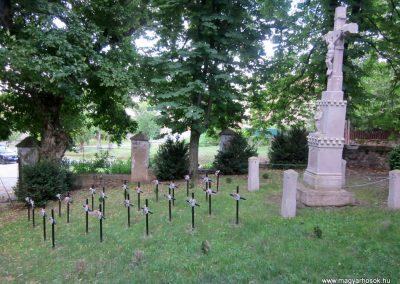 Mindszentkálla világháborús emlékhely 2013.06.25. küldő-kalyhas (8)