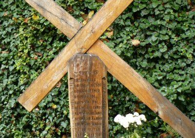 Miskolc - Felsőhámor II. világháborús emlékmű 2009.07.24. küldő-Gombóc Arthur