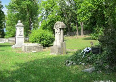 Miskolc Hősök temetője 2015.08.03. küldő-Emese (2)
