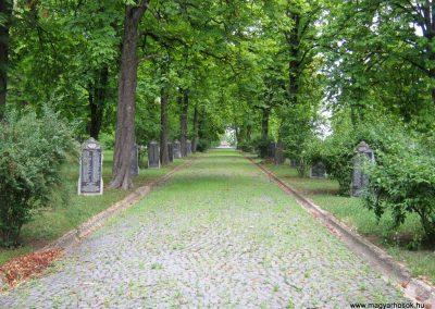 Miskolc Hősök temetője 2015.08.03. küldő-Emese (24)