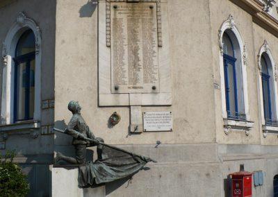 Miskolc I. világháborús Vasutas emlékmű 2009.05.04. küldő-Gombóc Arthur