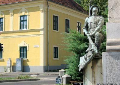 Miskolc I. világháborús Vasutas emlékmű 2015.08.12. küldő-Emese (1)