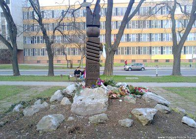 Miskolc II. világháborús emlékmű 2013.03.12. küldő-Pataki Tamás (2)
