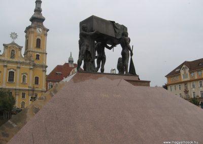 Miskolc hősi emlékmű 2009.10.10. küldő-kalyhas (4)