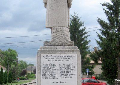 Mocsa világháborús emlékmű 2008.07.04. küldő-Kályhás (11)