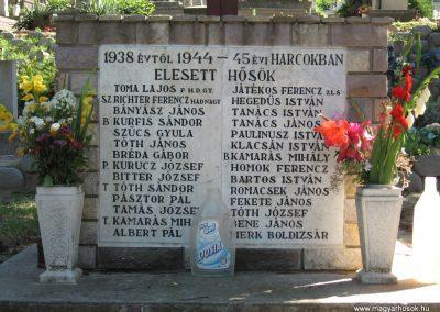 Mogyoród II.vh emlékmű 2007.07.15. küldő-Kályhás (4)