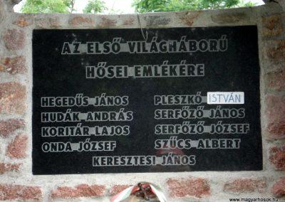 Mogyoróska világháborús emlékmű 2012.06.13. küldő-megtorló (3)