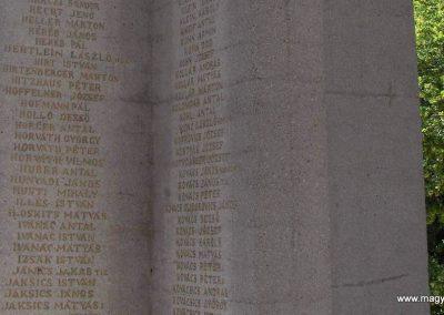Mohács világháborús emlékmű 2008.06.04. küldő-V3t3r4n (11)