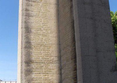 Mohács világháborús emlékmű 2008.06.04. küldő-V3t3r4n (12)