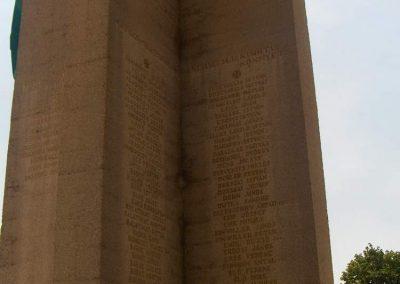 Mohács világháborús emlékmű 2008.06.04. küldő-V3t3r4n (15)