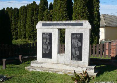 Molnári világháborús emlékmű 2013.10.17. küldő-Sümec (8)