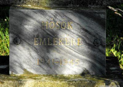 Molnaszecsőd II.világháborús emlékmű 2012.05.05. küldő-gyurkusz (3)