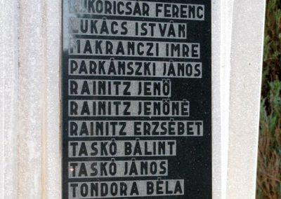 Monaj világháborús emlékmű 2011.11.01. küldő-Gulyás László (3)