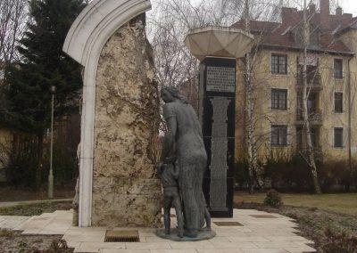 Monor II.vh emlékmű 2009.02.14. küldő-Huszár Peti (1)