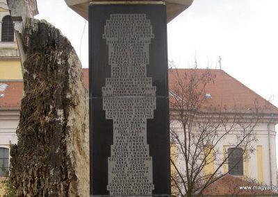 Monor II.vh emlékmű 2009.02.14. küldő-Huszár Peti (8)