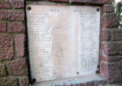Monostorapáti világháborús emlékmű 2013.08.22. küldő-kalyhas (5)
