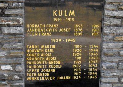 A közös emlékmű Kólom (Kulm) táblája