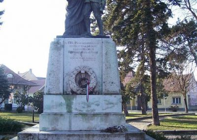 Mosonmagyaróvár I.vh emlékmű 2009.01.25.küldő-Ancsa84