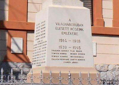 Mucsfa világháborús emlékmű 2012.03.21. küldő-Bagoly András (2)