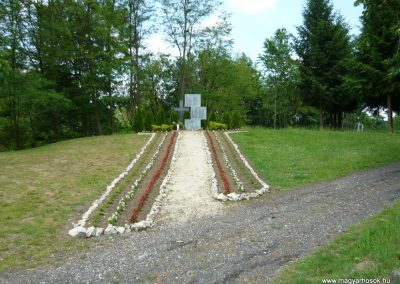 Muraátka Hősi emlékmű 2009.05.23.küldő-Ágca