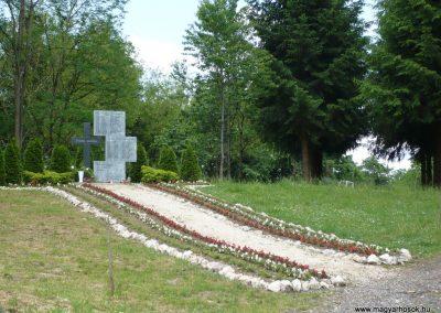 Muraátka Hősi emlékmű 2009.05.23.küldő-Ágca (7)