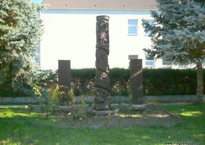 Murakeresztúr világháborús emlékmű 2013.10.17. küldő-Sümec