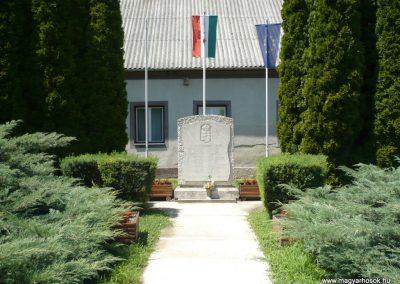 Muraszemenye - Felsőszemenye világháborús emlékmű 2012.07.10. küldő-Sümec