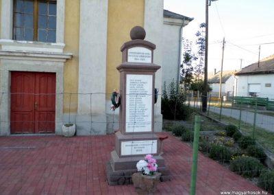 Nádasdladány I. világháborús emlékmű 2015.06.21. küldő-Méri