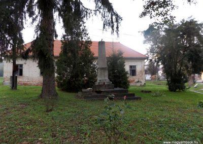 Nágocs világháborús emlékmű 2014.10.26. küldő-kalyhas