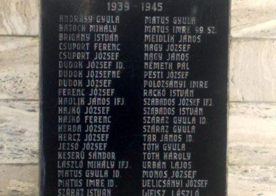Nána világháborús emlékmű 2011.08.28. küldő-Horváth Zsolt (4)