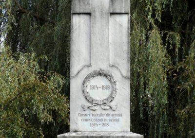 Nándorhegy világháborús emlékmű 2017.07.28. küldő-kalyhas (3)