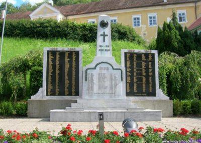 Németújvár világháborús emlékmű 2008.07.05. küldő-Tamás2