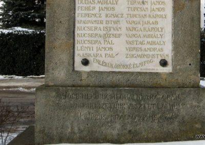 Nézsa világháborús emlékmű 2010.01.26. küldő-kalyhas (7)