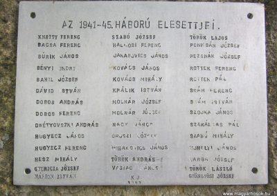 Nógrád II. világháborús emlékmű 2012.04.25. küldő-kalyhas (4)