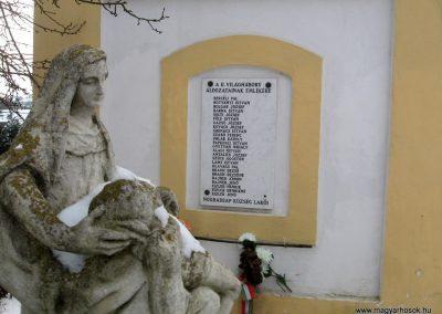 Nógrádsáp II.vh emléktábla 2010.01.26. küldő-kalyhas (2)