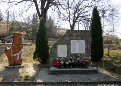 Nógrádsipek világháborús emlékmű 2012.04.03. küldő-kalyhas (1)