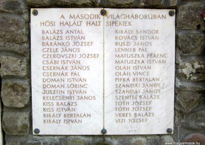 Nógrádsipek világháborús emlékmű 2012.04.03. küldő-kalyhas (4)